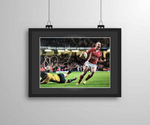 Signed and framed Shane Williams 'Last Try' print